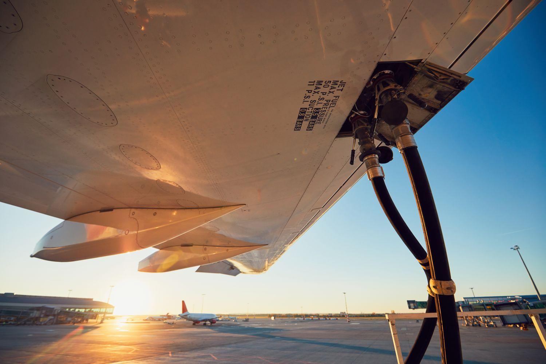 SkyNRG bouwt eerste fabriek voor duurzame vliegtuigbrandstof in Europa
